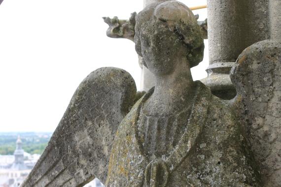 Angel on the roof / Un ange sur le toit