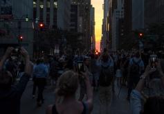 Manhattanhenge 2016