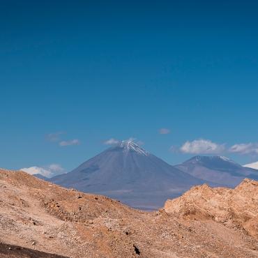 The Licancabur volcano from la Valle de la Luna